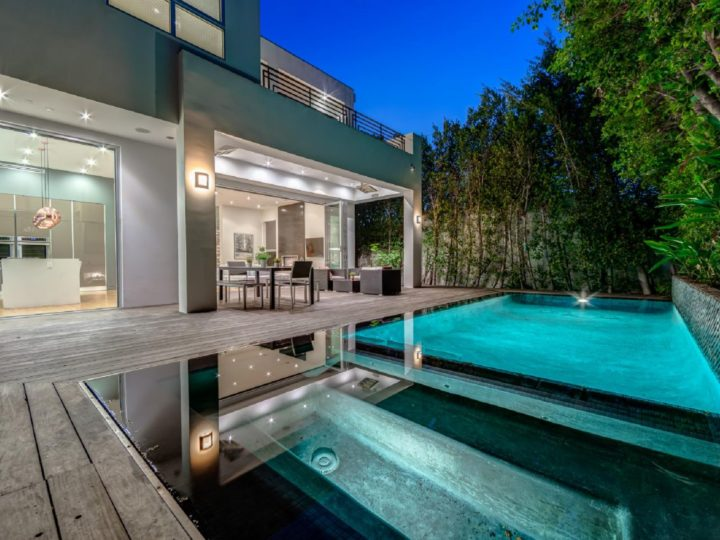 A Stunning Beverly Grove Luxury Estate Listed for $18,000 per month