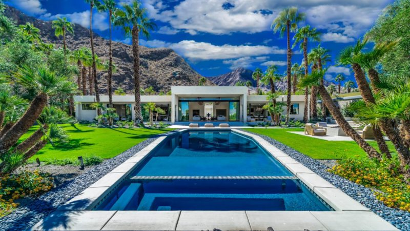 Tour of An Exclusive Resort-Style Home in Rancho Mirage