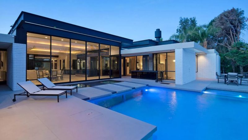Indian Wells Award-winning Residence Listed for $3,195,000