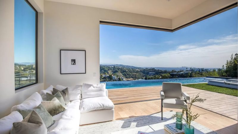 1030 Somera Rd – California's Quintessential Lifestyle hits Market for $12,500,000