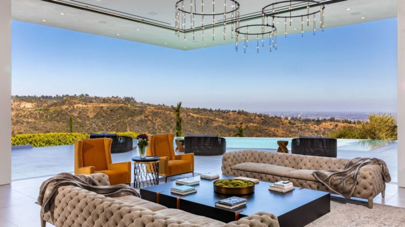 $17.5 Million Beverly Hills Modern Estate with Overlooking The Entire City
