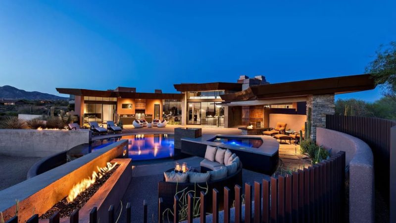 $3.75 Million A Custom Home with Amazing Architecture and Design in Scottsdale