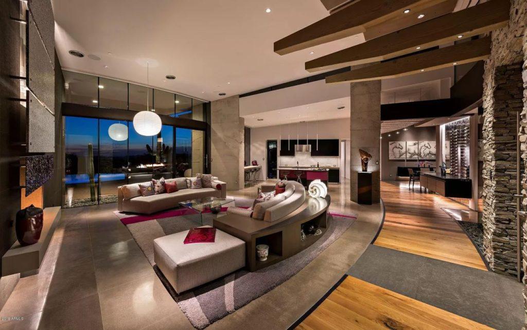 Custom Home in Scottsdale
