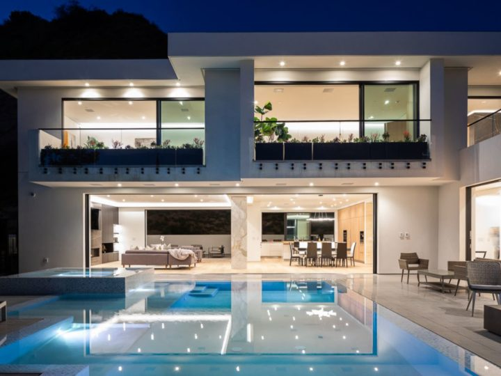 $7.5 Million Los Hermosos Way Modern Masterpiece in Los Angeles