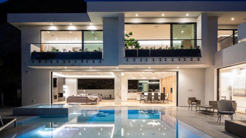$7.5 Million Los Hermosos Way Modern Masterpiece in Los Angeles