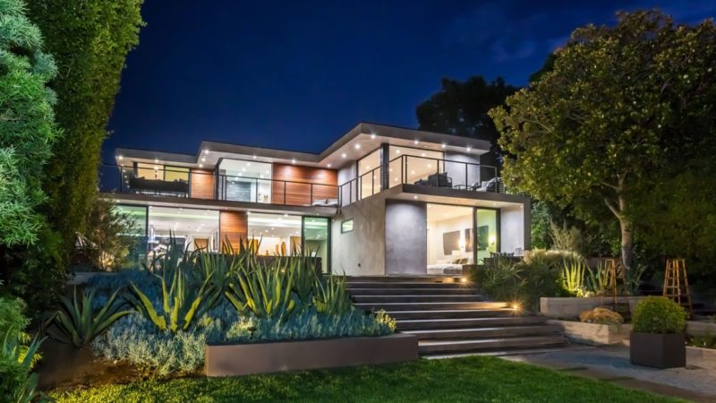 $8.5 Million Exceptional Cutting Edge Masterpiece in Los Angeles