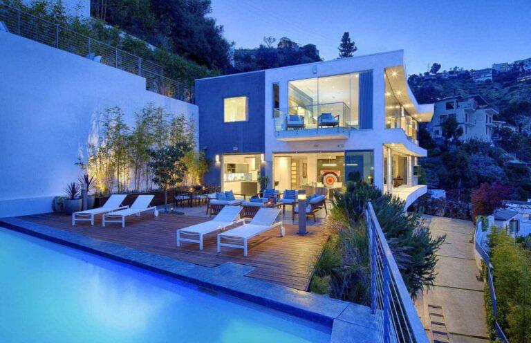 8613 Hollywood Boulevard