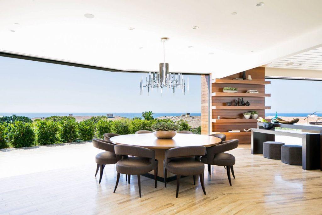 Corona Del Mar Residence by Brandon Architects