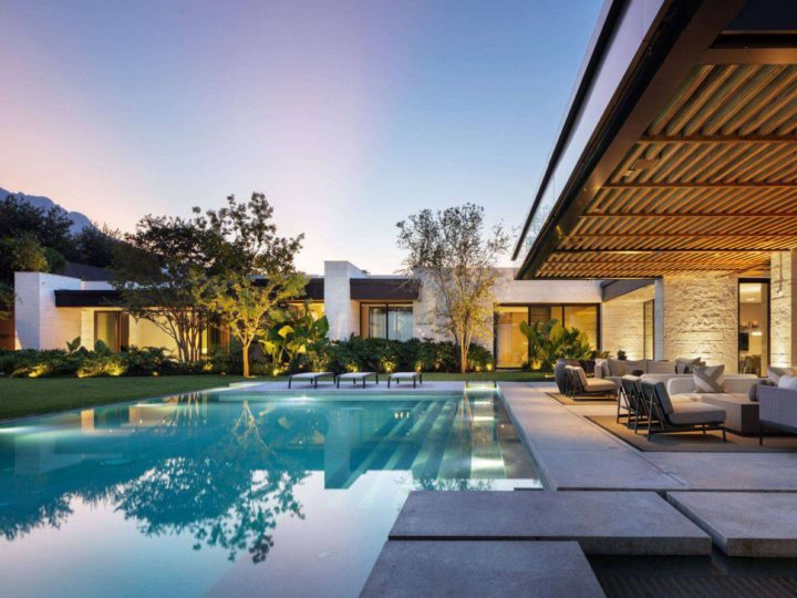 Casa GR Home in Austin, Texas by Bernardo Pozas Residential Design