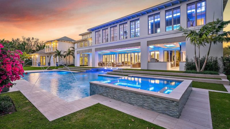 Palm Beach Gardens Transitional Estate on market for $9.75 Million