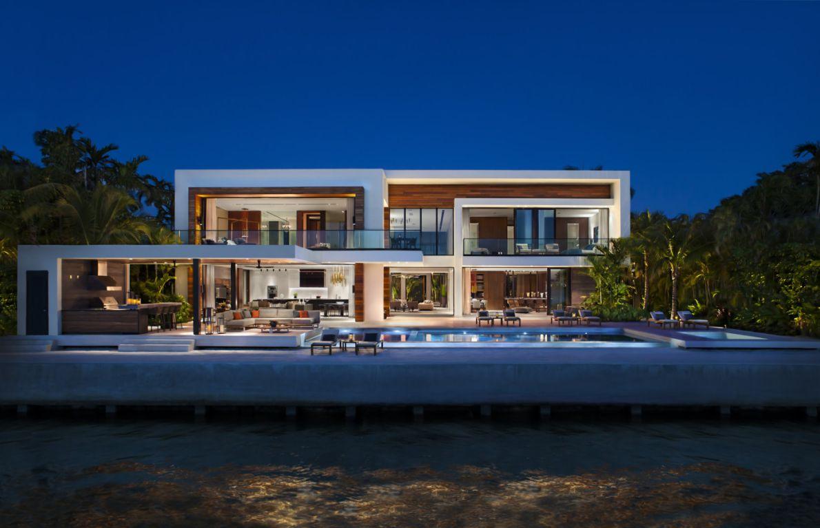 Casa Clara in Miami Beach by Choeff Levy Fischman