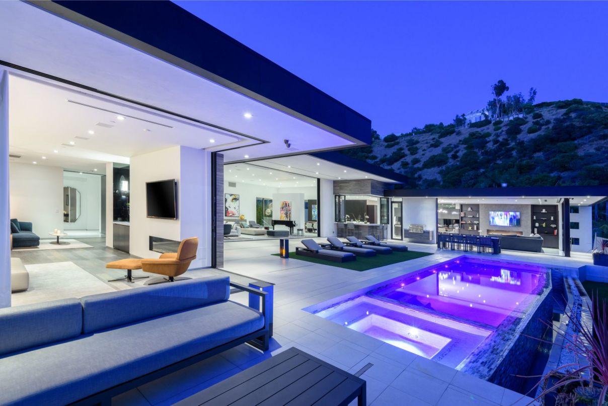 Doheny Estates Contemporary