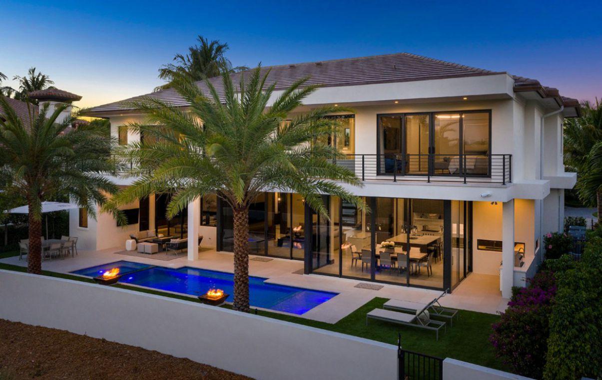 Signature Estate in Boca Raton