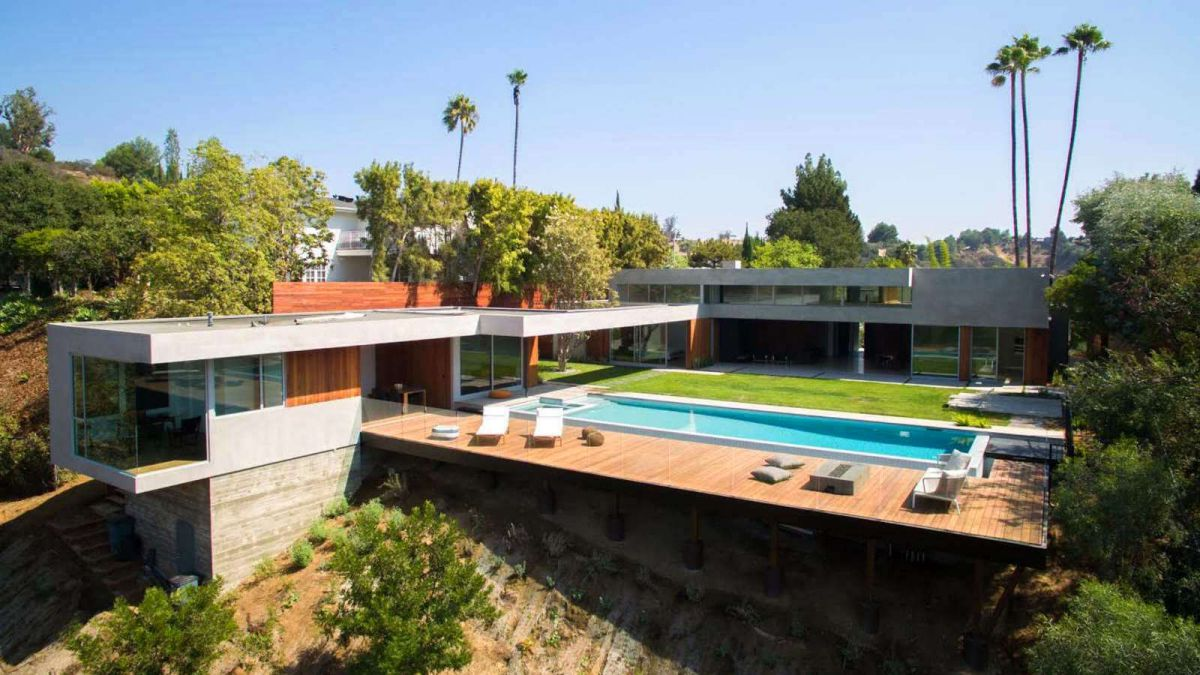 Arby Drive Residence