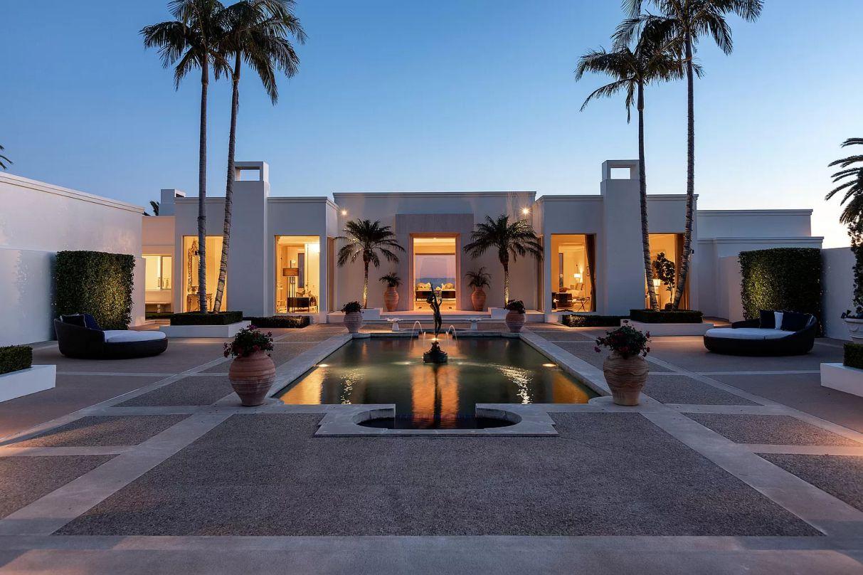 Modern Neoclassical Villa in Montecito, modern home, California