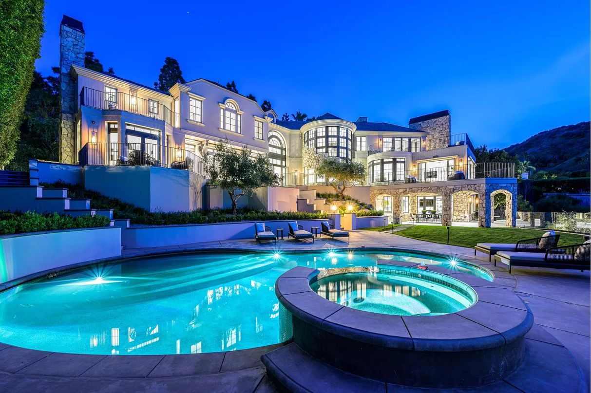 Architectural Beverly Hills Home