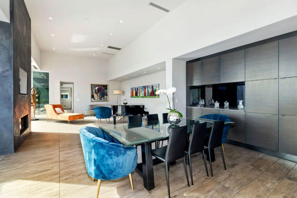 1489 Stebbins Ter Residence