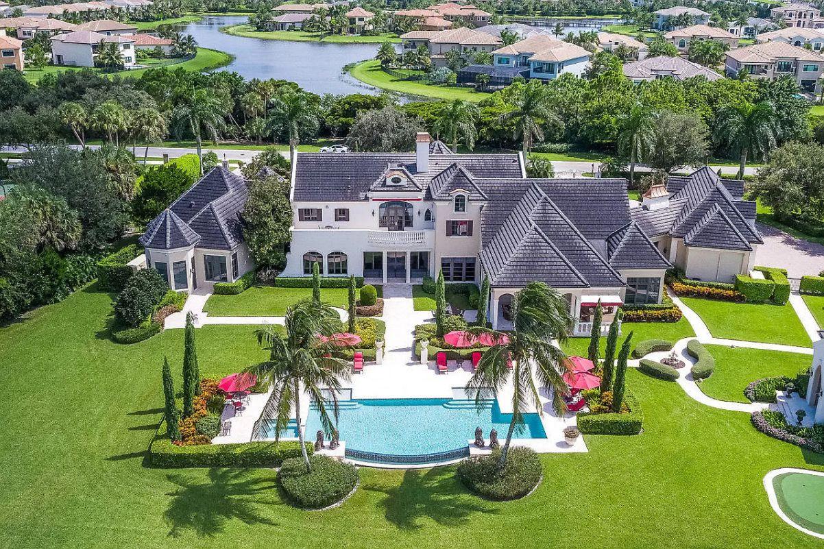 Delray Beach's Quiet Vista Lakefront Estate, florida, traditional home