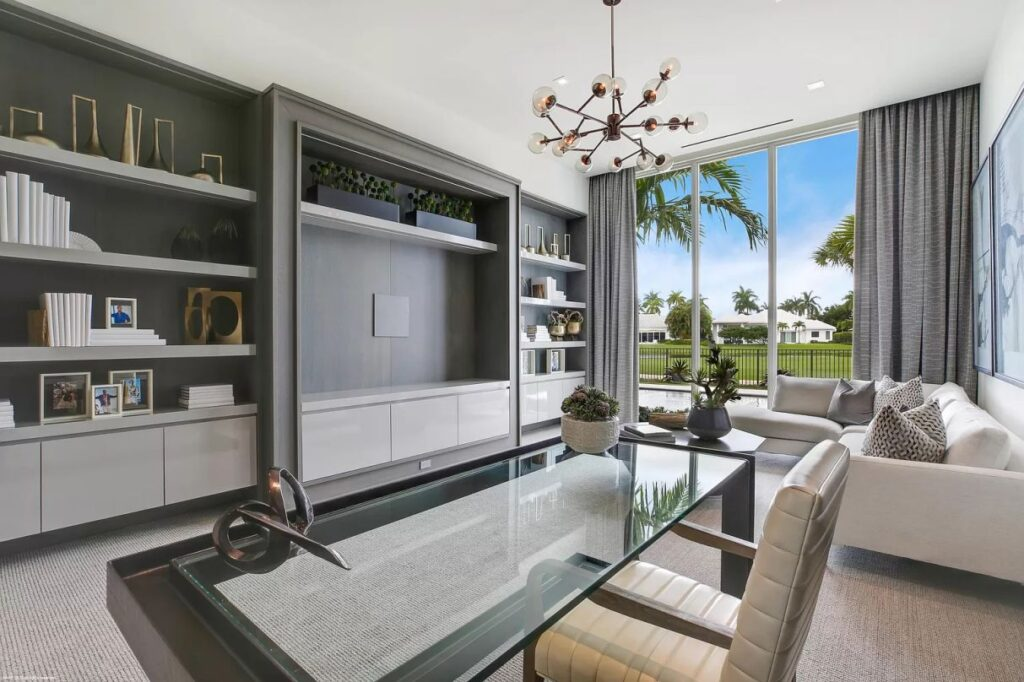 Foxborough Lane Modern Home, Florida