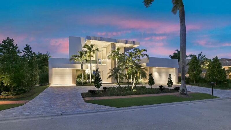 Boca Raton's Foxborough Lane Modern Home on Market for $4.8 Million