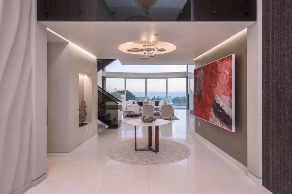 Modern Estate in Beverly Hills