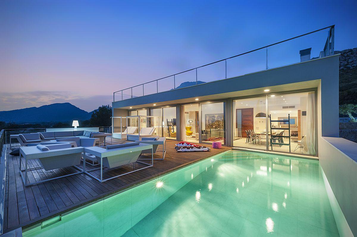 An Ultra Modern Villa in Puerto Pollensa, Mallorca, Spain