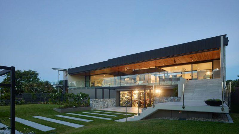 C2 House in Brisbane, Australia by Ellivo Architects