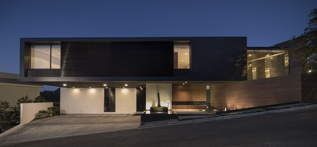 Las Calzadas House in Neuvo Leon, Mexico by GLR Architects