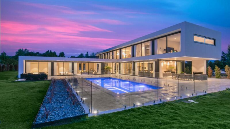 Lynwood Grove Modern Masterpiece in Dairy Flat, New Zealand