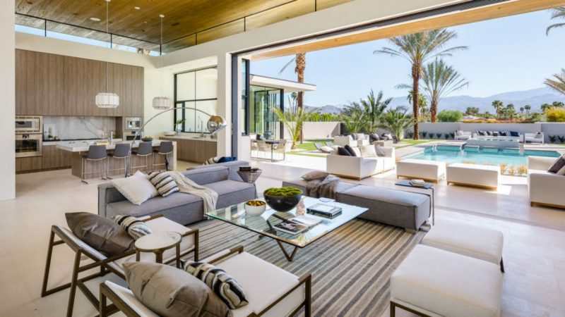 Makena Lane Comtemporary Home in Rancho Mirage by Meridith Baer Home