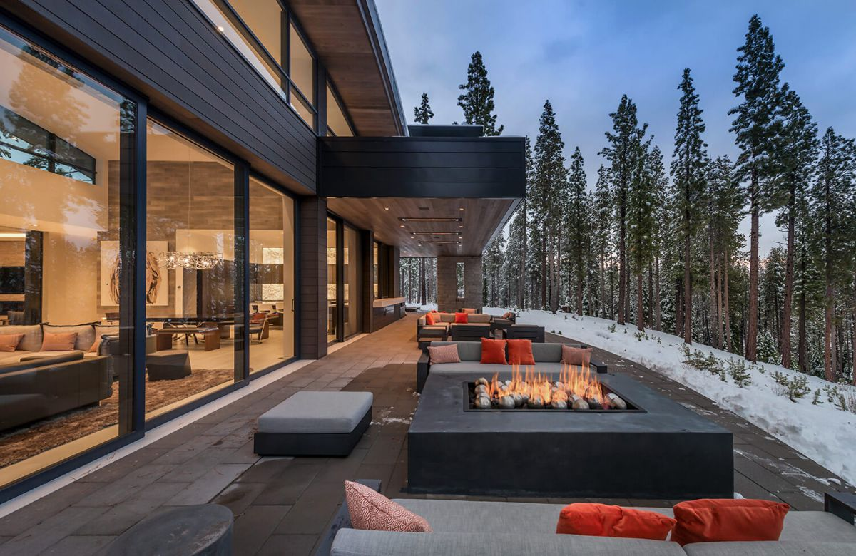 Sinuous Dwelling Residence, tahoe, chalet, Ward Young Architecture