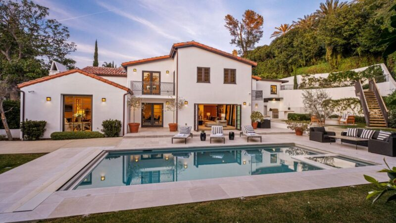Spanish Contemporary Estate in Beverly Hills for Sale at $7.8 Million