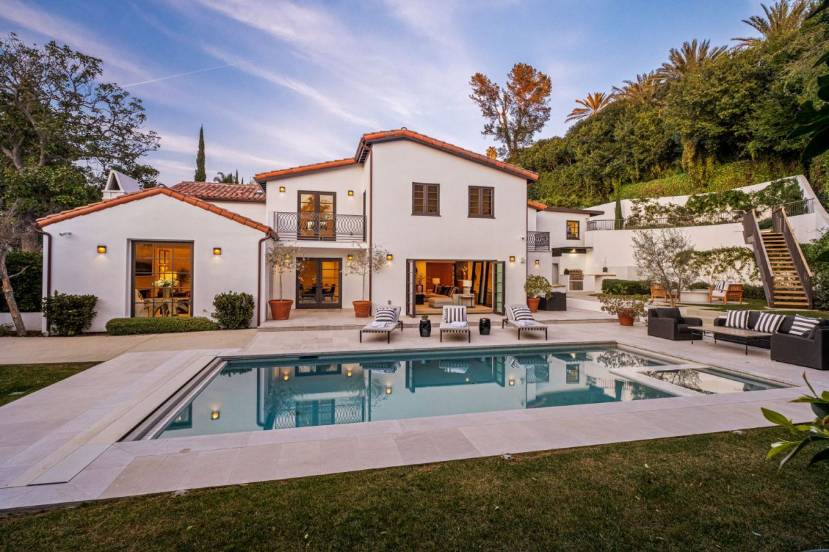 Spanish Contemporary Estate in Beverly Hills for Sale
