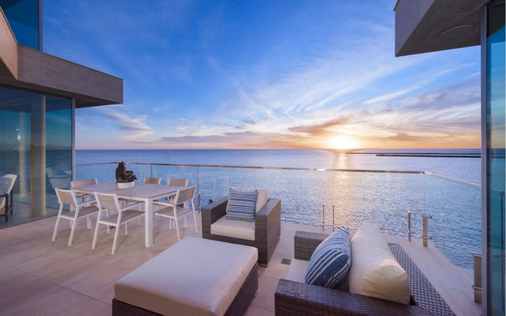 3725 Ocean Blvd - New home With Spectacular Views for Sale