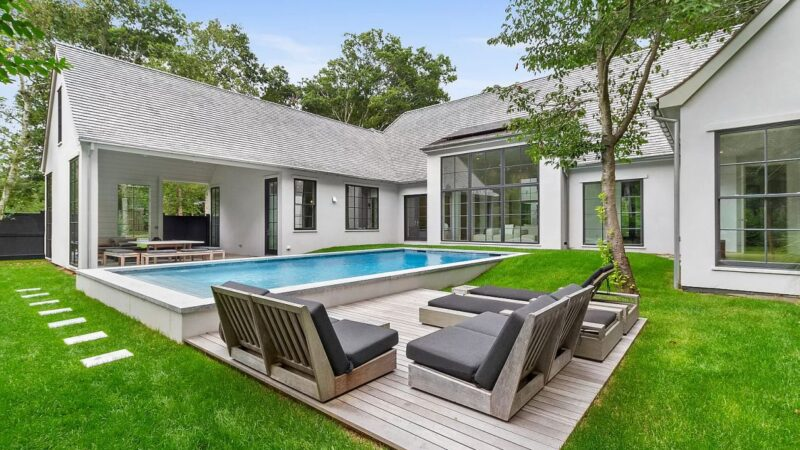 40 Wireless Road – A Remarkable East Hampton Home for Sale at $4.5 Million