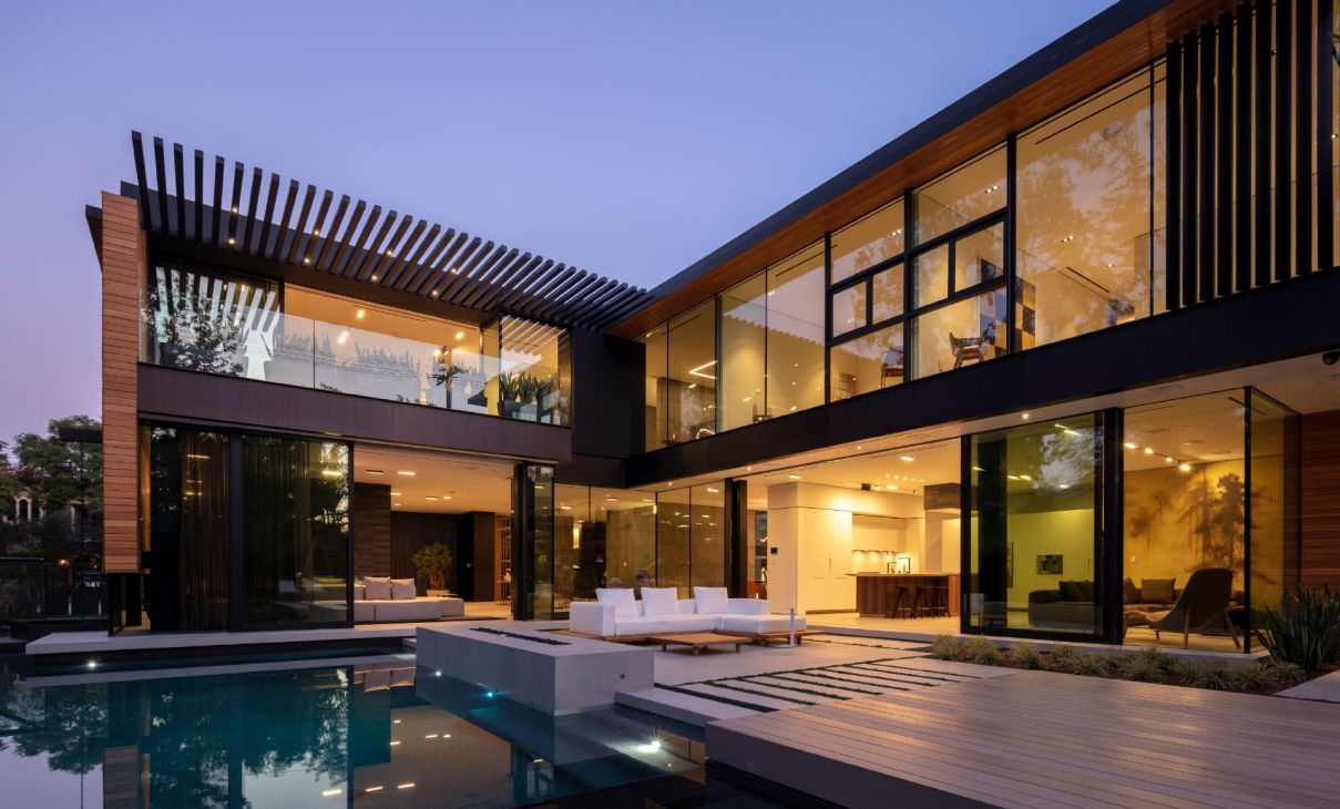 527 Palm Modern Estate in the heart of Beverly Hills for Sale at $18 Million