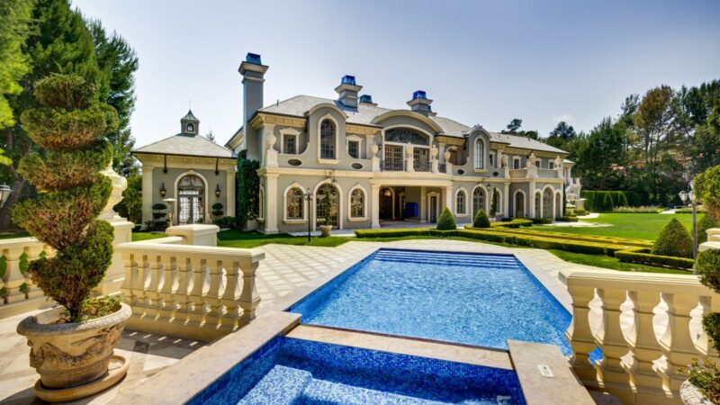 54 Beverly Park Way – Gorgeous Beverly Hills French Chateau for Rent $195,000 per Month