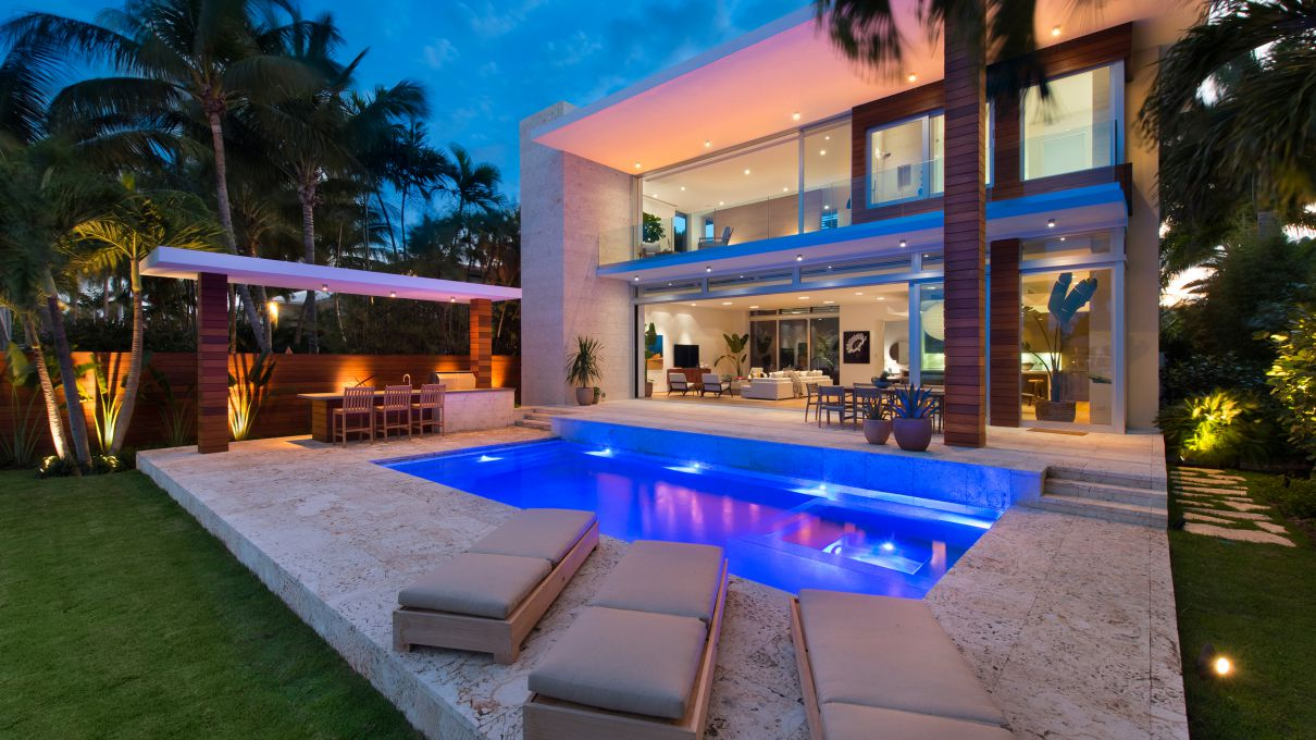 709 E Dilido Drive, Miami Beach - A Model of Sophistication for Sale