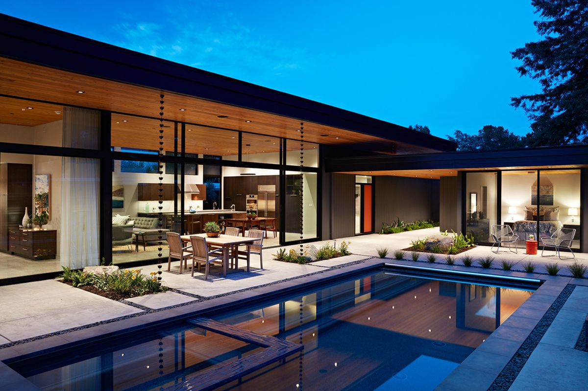 Glass Wall House in Silicon Valley, California by Klopf Architecture