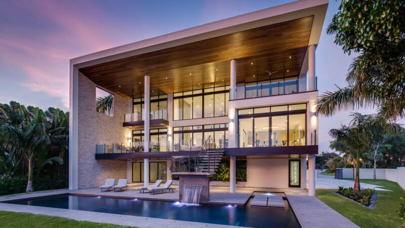 Harbor Contemporary House in Tampa, Florida by DSDG Architects