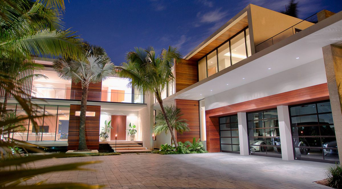 Hibiscus Modern Home in Miami Beach, Florida by Choeff Levy Fischman