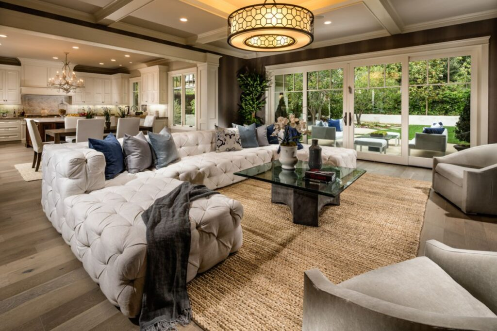 Interior Design Ideas of Woodland Lane Residence by Meridith Baer Home