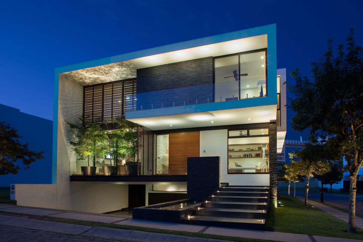 MT House in Monterrey, Mexico by GLR Architects