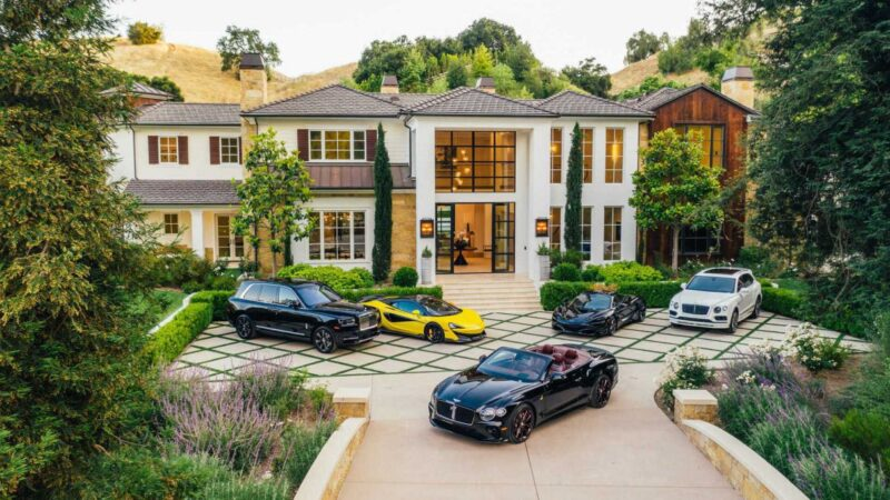 Magnificent Long Valley Residence in Hidden Hills for Sale at $25 Million