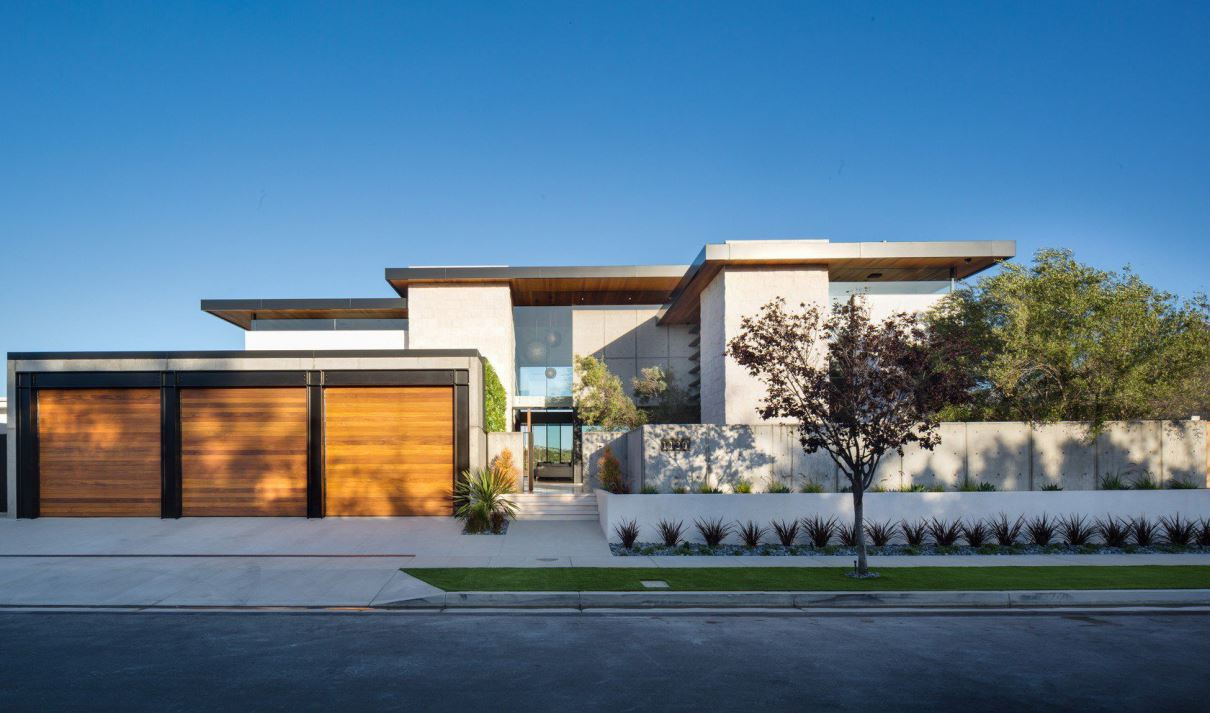 Pescador Contemporary in Newport Beach by Brandon Architects