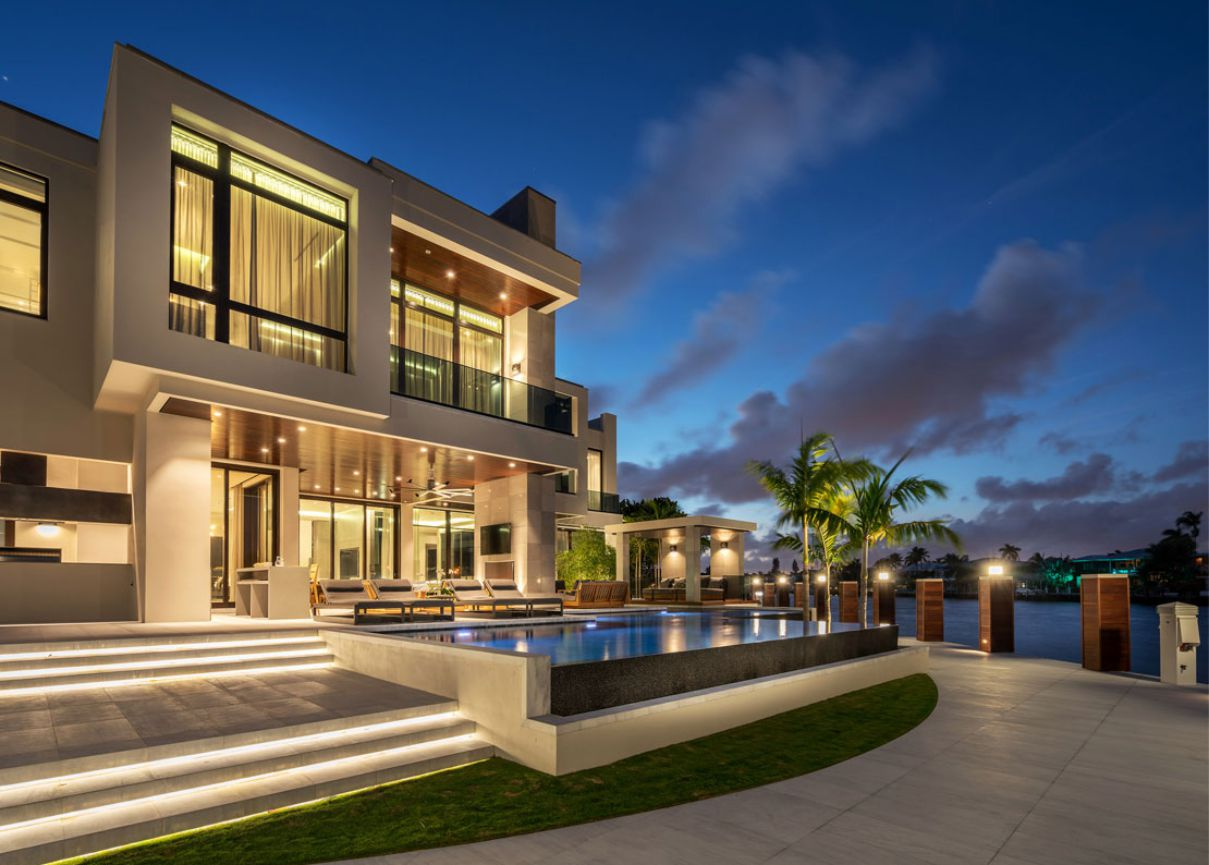 Royal Palm Residence in Fort Lauderdale by Stofft Cooney Architects