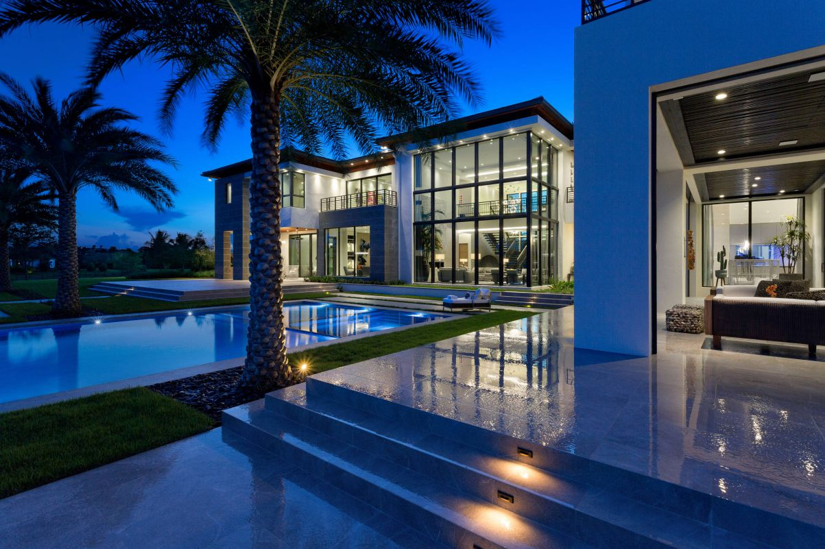 Stone Creek Ranch Residence in Delray Beach, Florida by Brenner Architecture