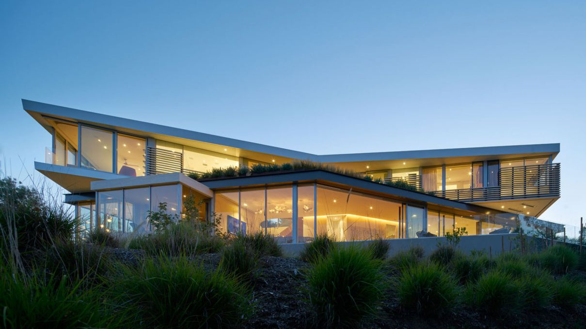 Tree Top Residence in Los Angeles by Belzberg Architects, modern home