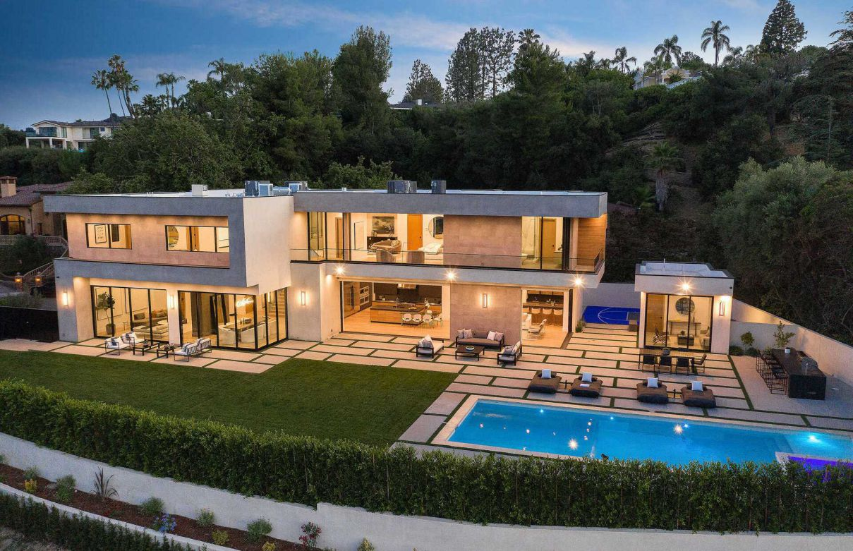 Royal Oak Modern Masterpiece in Encino hit the Market
