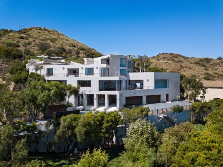 $27.5 Million Magnificent Ocean View Home in Malibu, California